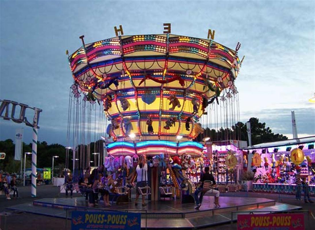 Luna park les mathes myprivatedeal for Puerta 7 luna park